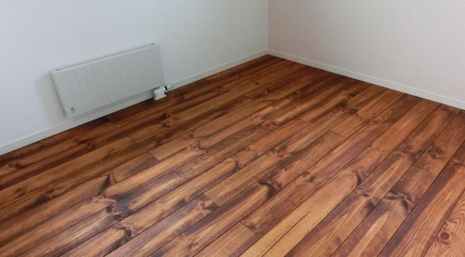 床塗装終りました