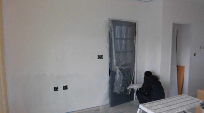 漆喰塗壁終わりました^^
